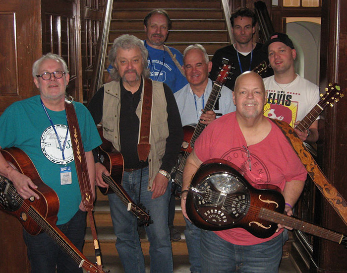 Bluegrass Camp Germany 2015 - Phil Leadbetter's Dobro Class - Group Photo
