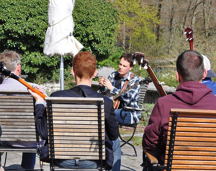 Bluegrass Camp Germany 2014 - Tom Bodenmann's Banjo Class