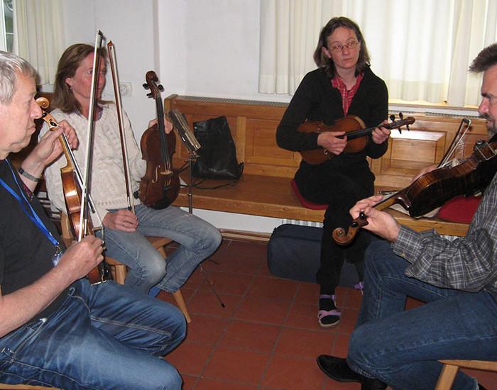 Bluegrass Camp Germany 2015 - Steve Thomas's Fiddle Class
