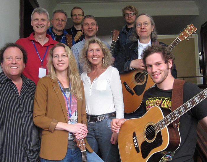 Bluegrass Camp Germany 2015 - Steve Kaufman's Guitar Class - Group Photo